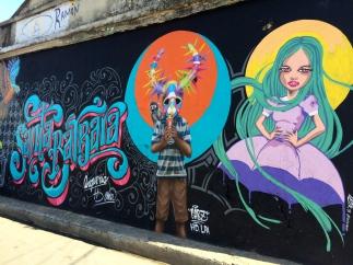 Mural de Bienvenida por Angurria, Poteleche y Christian Pimentel